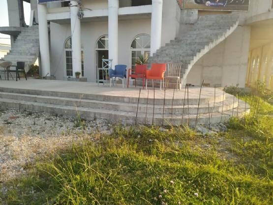 Shitet objekt per biznes ne rrugen nacionale Kamez Fushe Kruje km 3 nga Boni