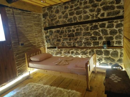 Dhoma dyshe nga Kulla Hupi Bulqize Diber - Albania